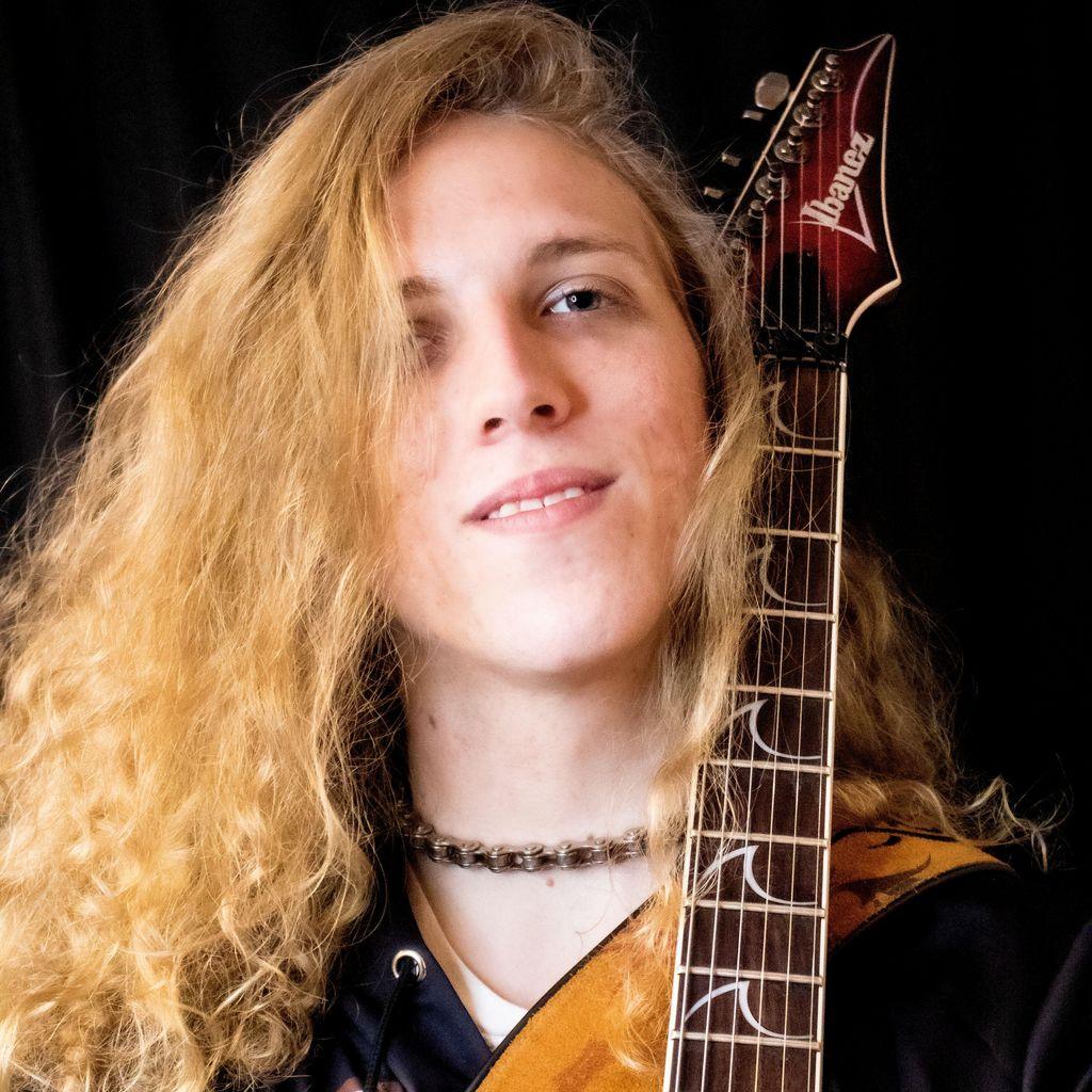 Jory (J'Mar Music) - Online Guitar & Bass Lessons