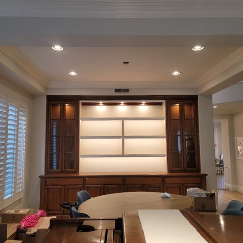 Home office lighting, cans / cabinets.