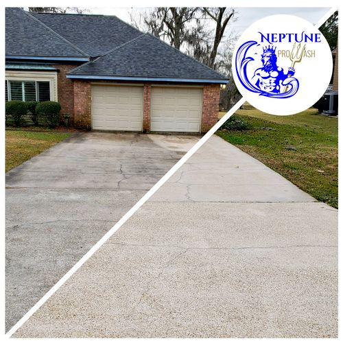 Concrete Driveway Pressure Washing Luling Louisiana 70070 by Neptune ProWash