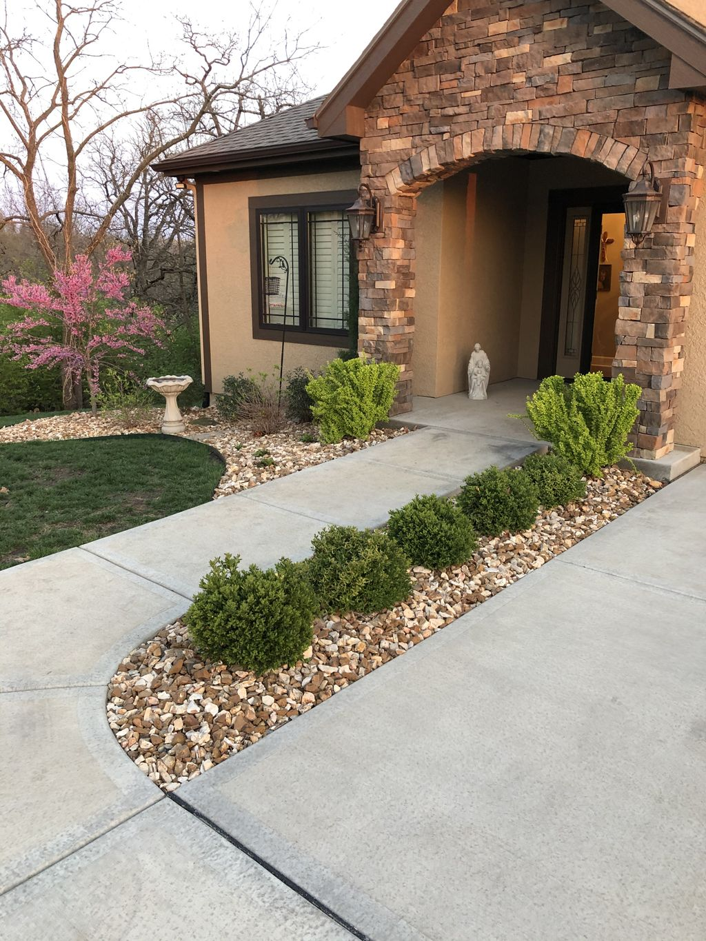 Outdoor landscaping and retaining wall