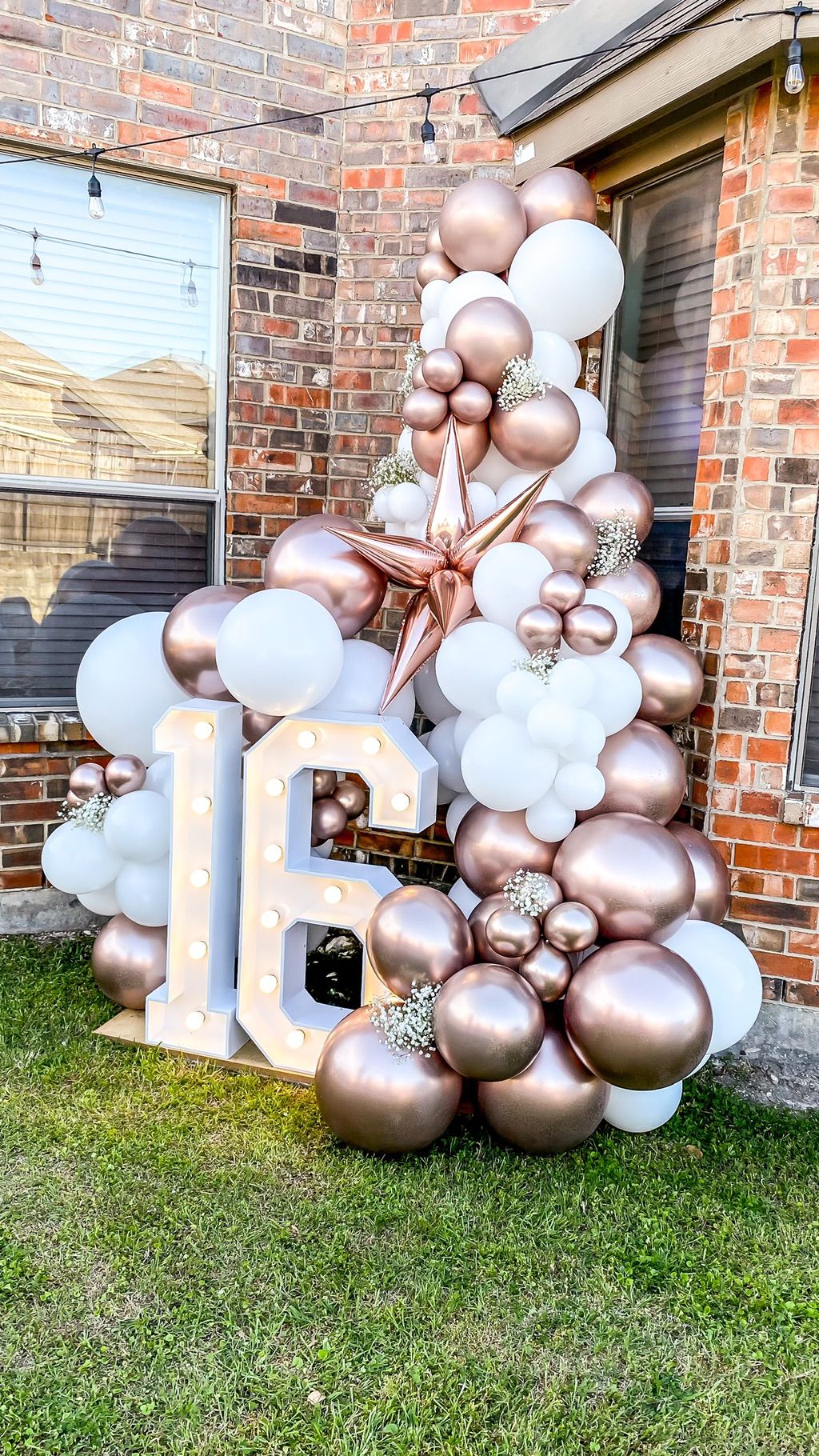 Clique Balloons & Events - DAL