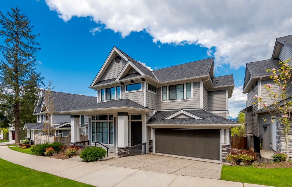 Roof Replacement & Exterior Renovations