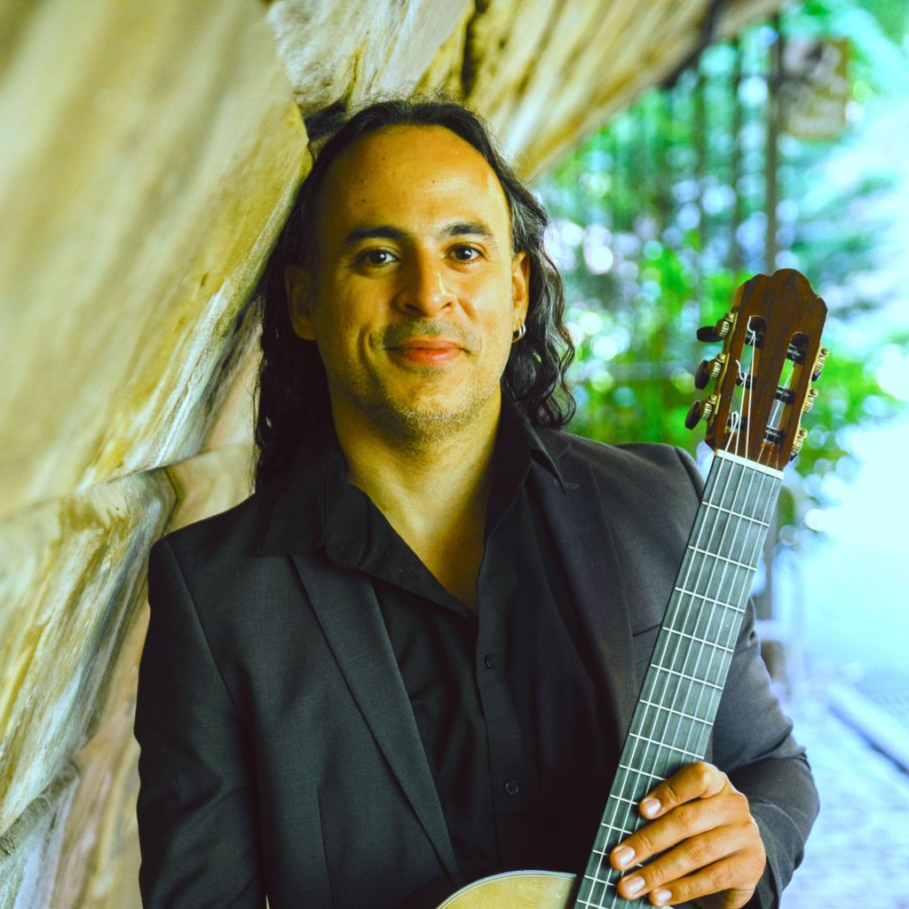 Romulo Viana Guitar Lessons