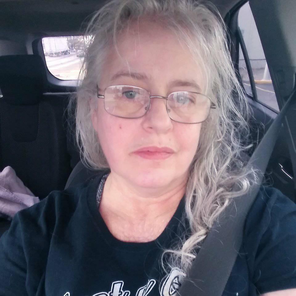 Suzanne Gleeson, Queen of Snark