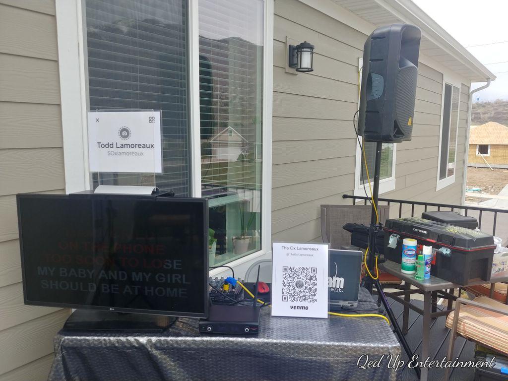 Outdoor on deck karaoke