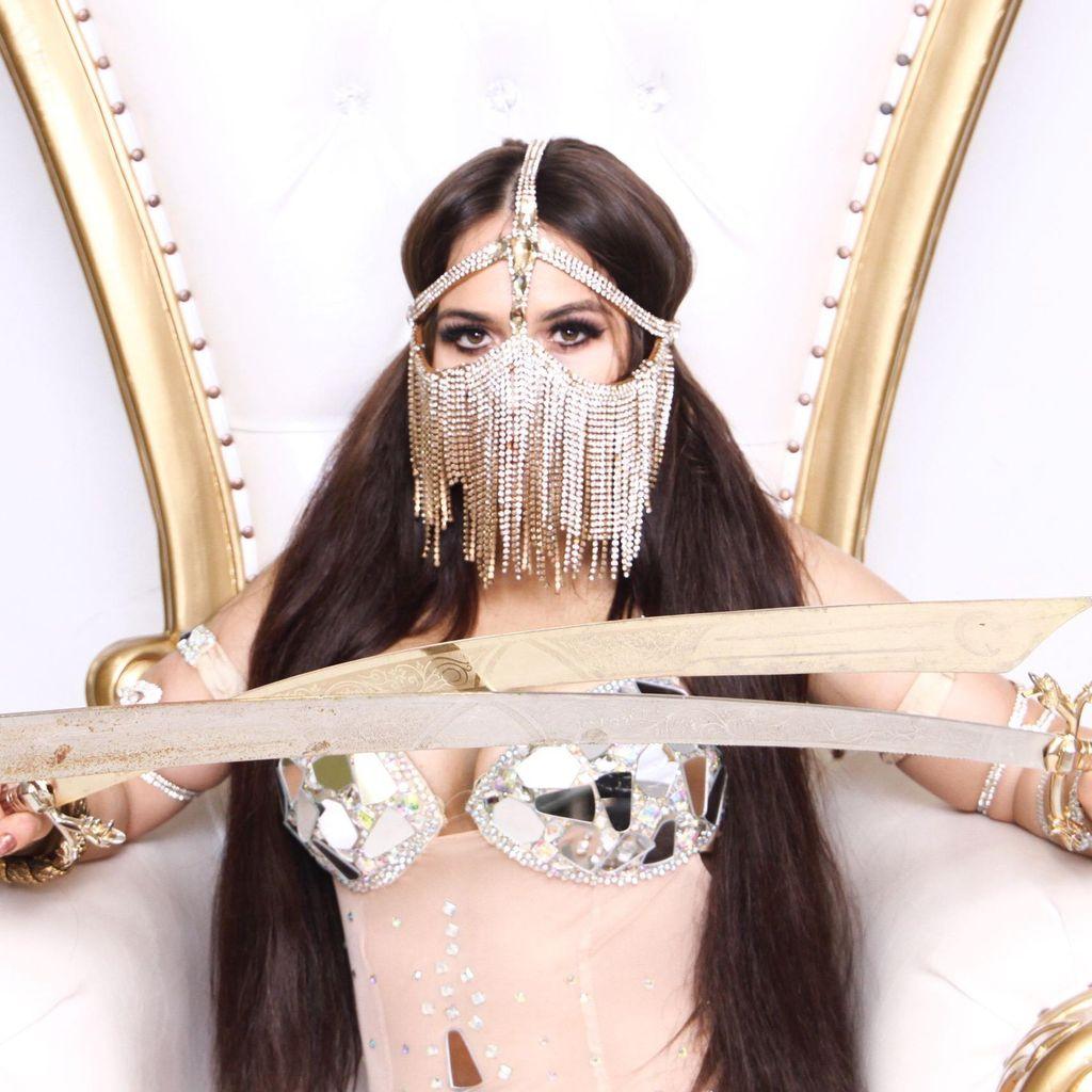 Amazing Ivanna Bellydance