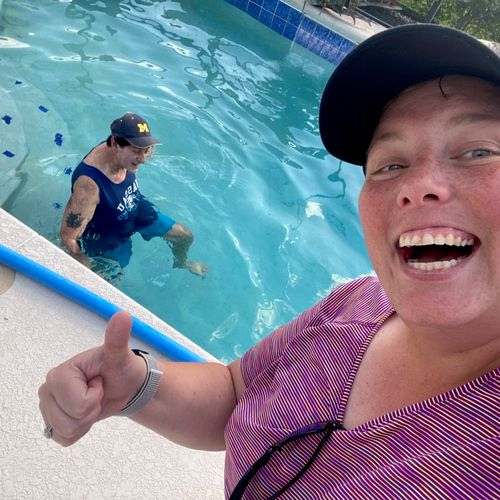 Worried about falling? Let's workout in the pool 👍🏼