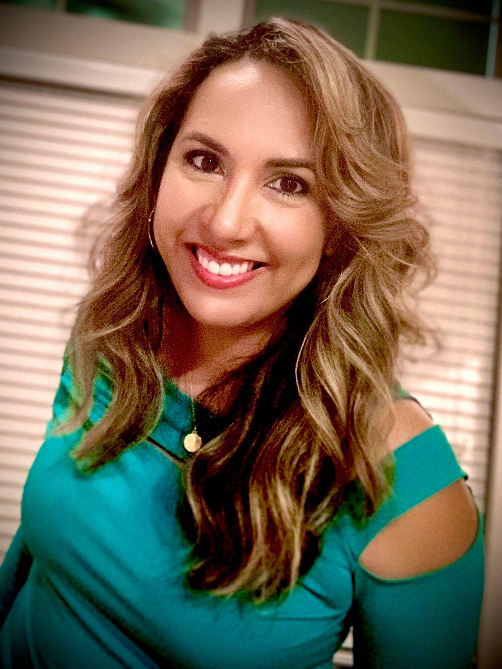 Noemi Alvarado Hair and Makeup