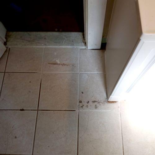 Repair cracked tiling