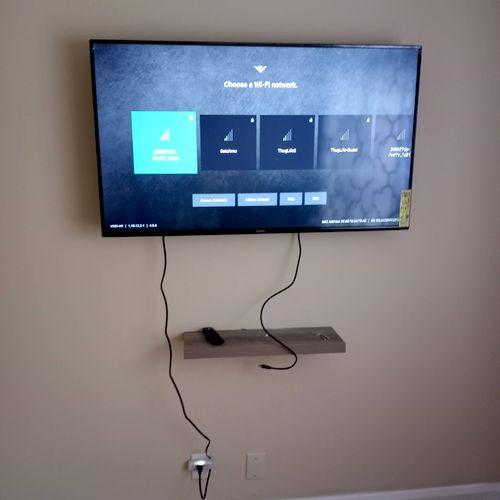 Tv Mount + floating shelf