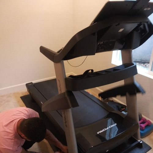 that's how we disassemble a treadmill