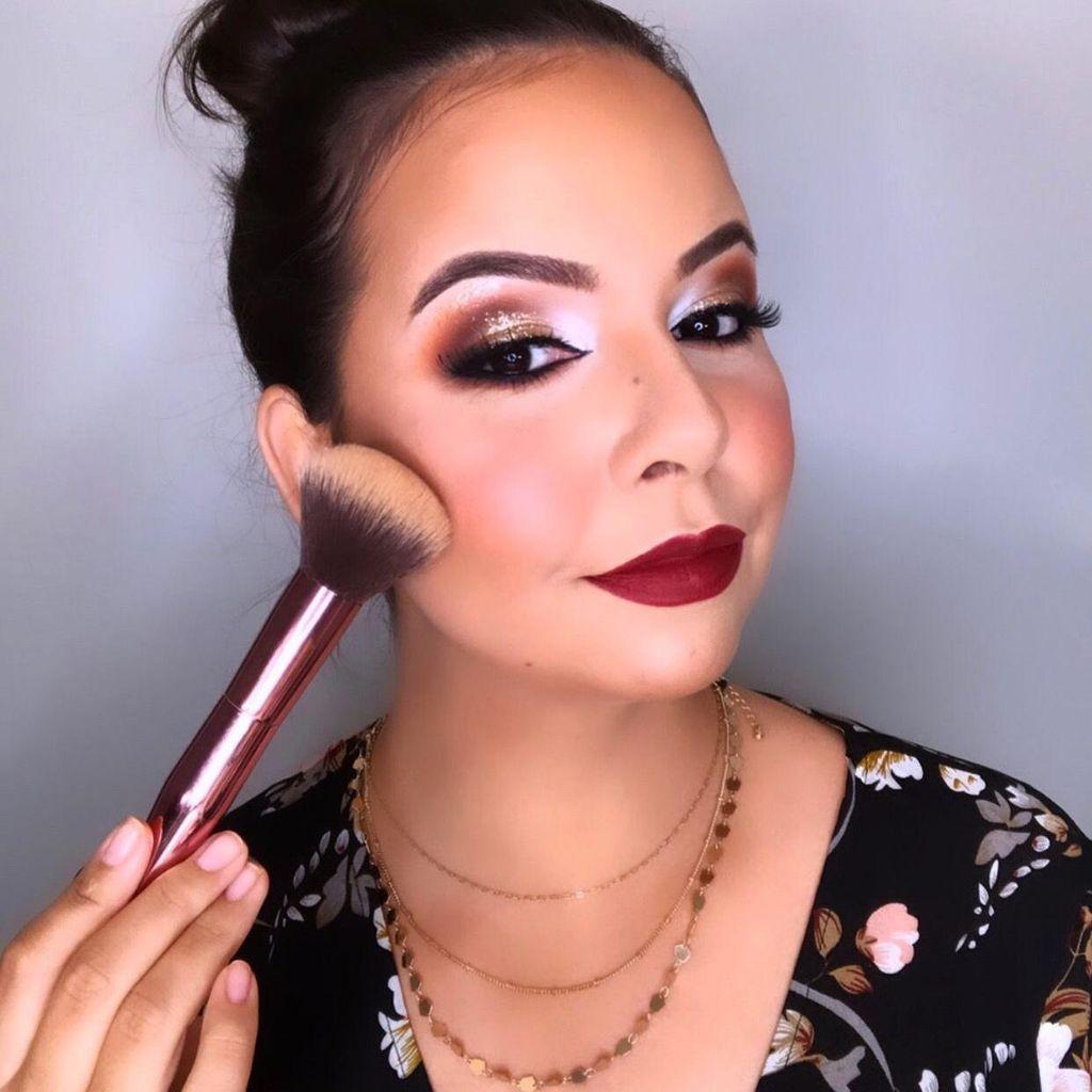 Carla Reis Makeup studio