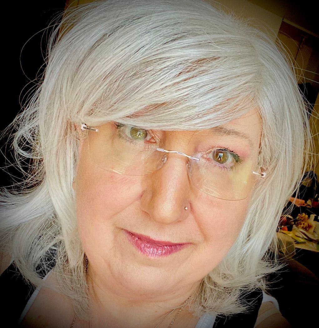 Elaine Clapman-Cusimano of Ahava Expressions