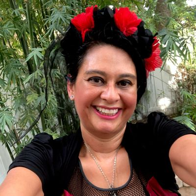 Avatar for Ms Angelique Luna Intuitive Psychic Coach