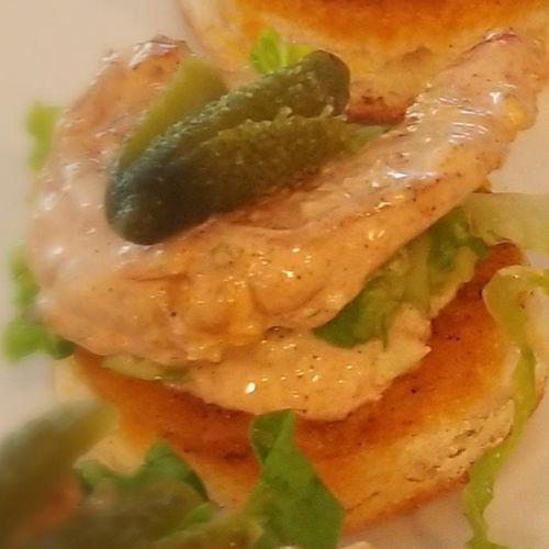 Grilled Shrimp Po-Boy Bites with Remoulade