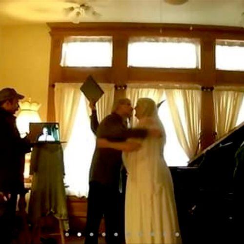 Pandemic wedding; one best man on Zoom, wedding on Zoom. 😎