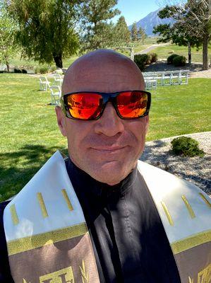Avatar for Damon Krause Wedding Officiant