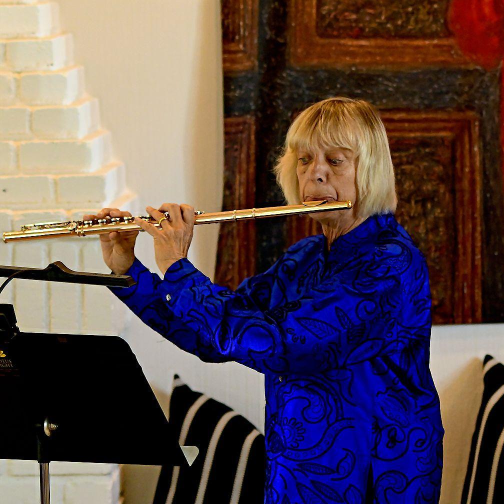 Linny Smith Flute and Piano Accompaniment