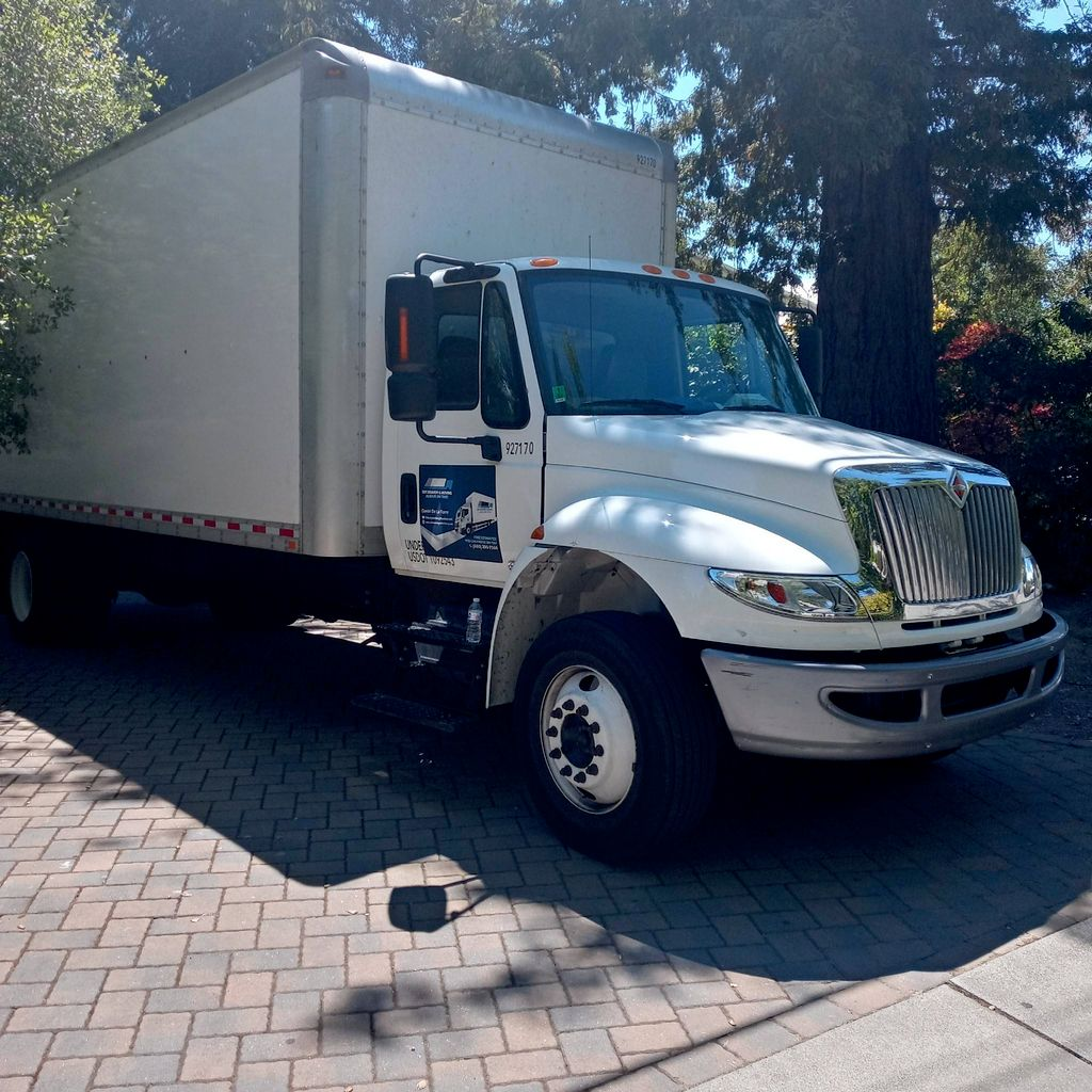 Ddt delivery and moving services
