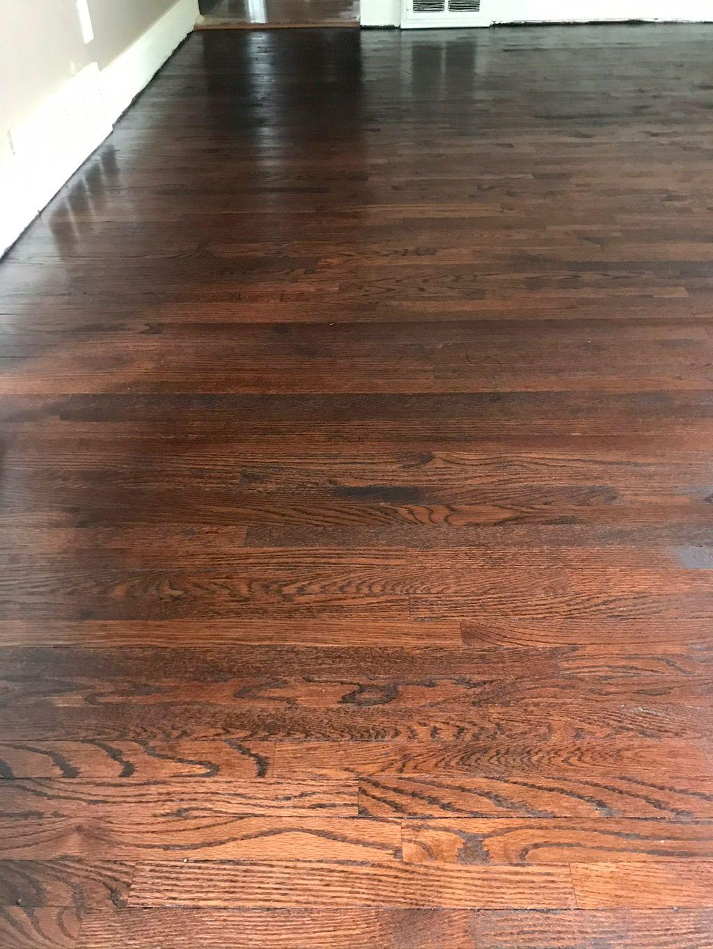 Mac's Flooring & Refinishing