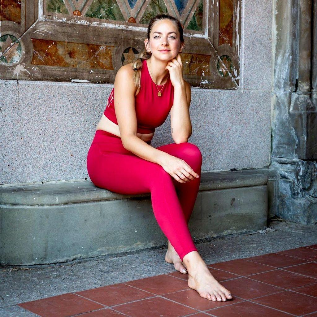Stephanie Schwartz Yoga