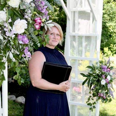 Avatar for Crystal McKenna : Wedding Officiant