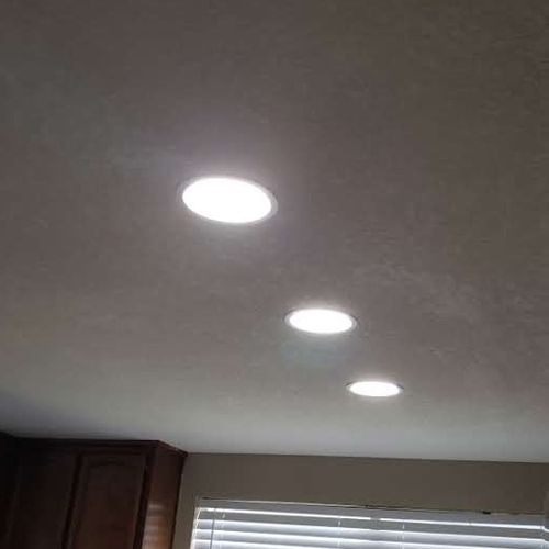 Fluorescent bar light replacement with recessed lighting install