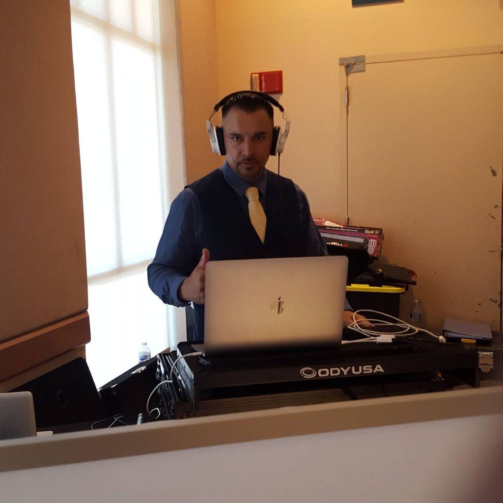 DJ Cyclon