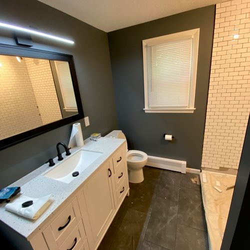 Master bath nearly completed.