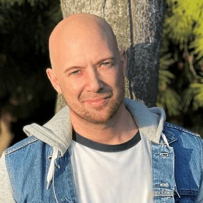 Avatar for Stopher Cavins - Claircognizant Psychic Advisor