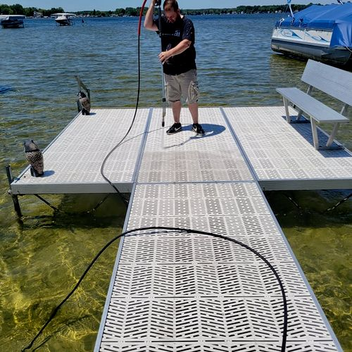 Dock pressure wash cleaning