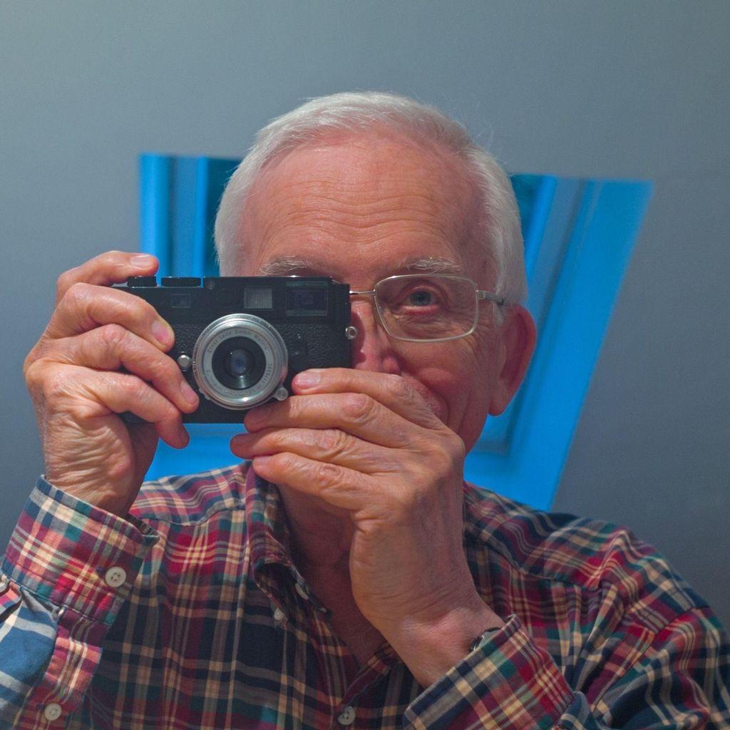 Ken Davies Photos