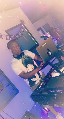 Avatar for DJ JayBee