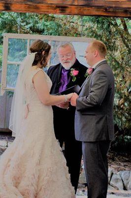 Avatar for Creative Wedding Officiant
