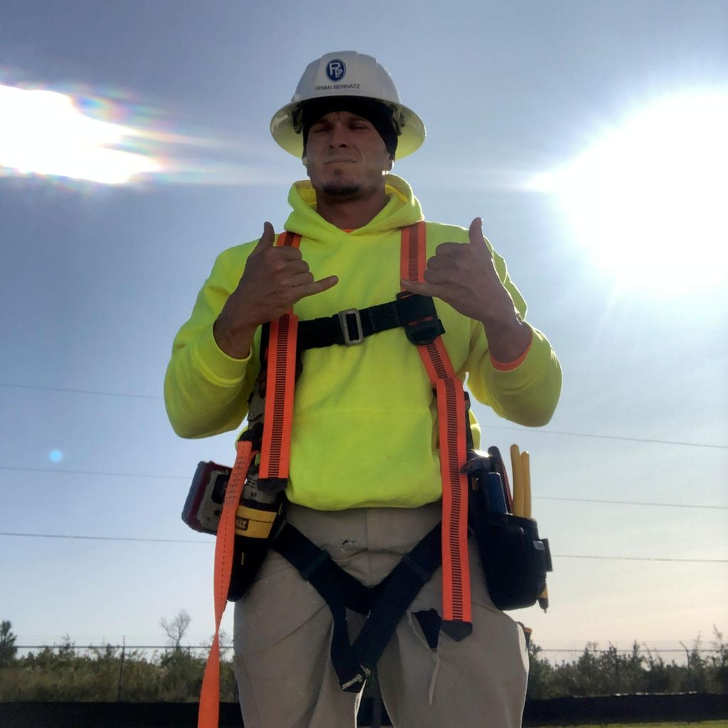 LiveWire Handyman Outfit