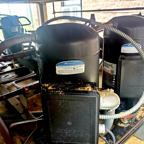 Compressors on Commercial system leaking