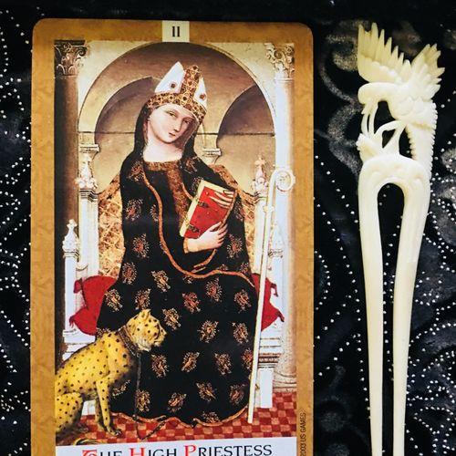 High Priestess or Secrets!