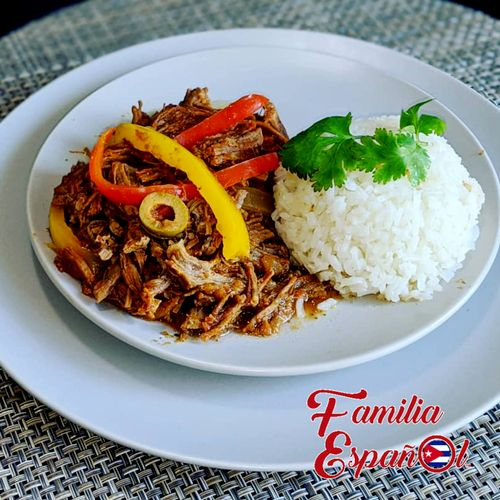 Ropa Vieja (Shredded beef with Bell Peppers)