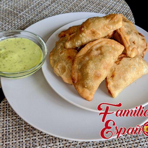 Empanadas (Beef filling, vegan available)