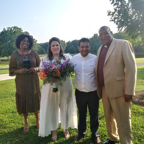 Beautiful August 2021 outdoor wedding 💕
