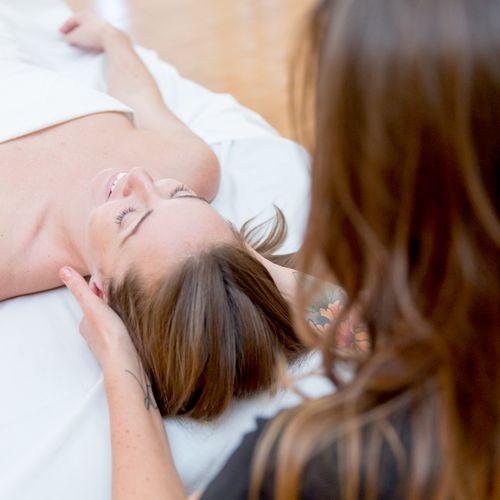 Detailed neck massage