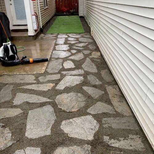 Flagstone patio walkway