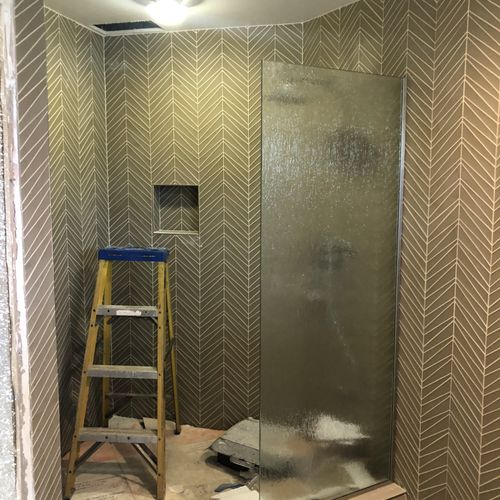 Custom shower for a vacation rentals