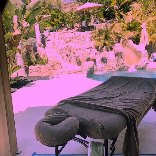Traveling massage at a beautiful location