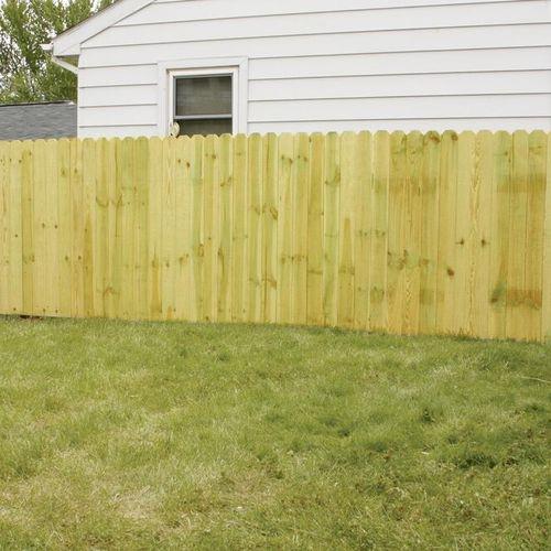 200 linear ft dog ear fence