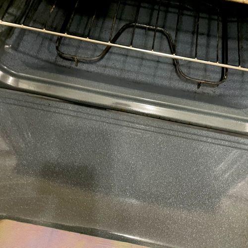 We work very hard in each single oven till it looks like new 💪