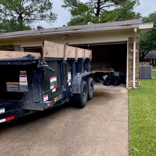 Construction debris removal. Irving, Tx