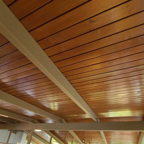 Beautiful stained ceiling in this Bel Air classic home!
