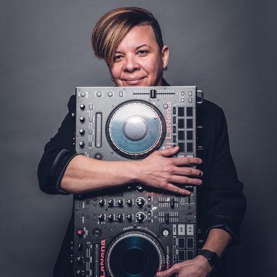 Avatar for DJ LaNeNa Entertainment