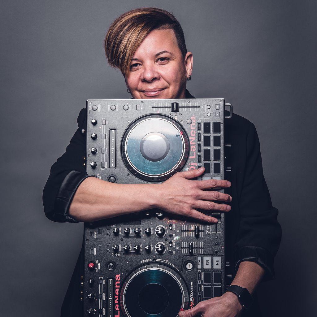 DJ LaNeNa Entertainment